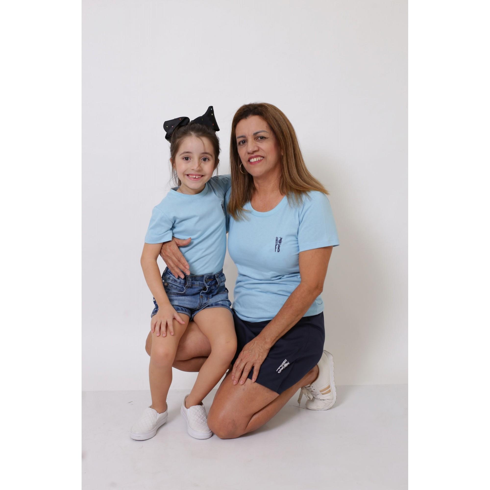 AVÓ E NETA > Kit 02 Peças T-Shirts - Azul Bebê [Coleção Tal Avó Tal Neta]