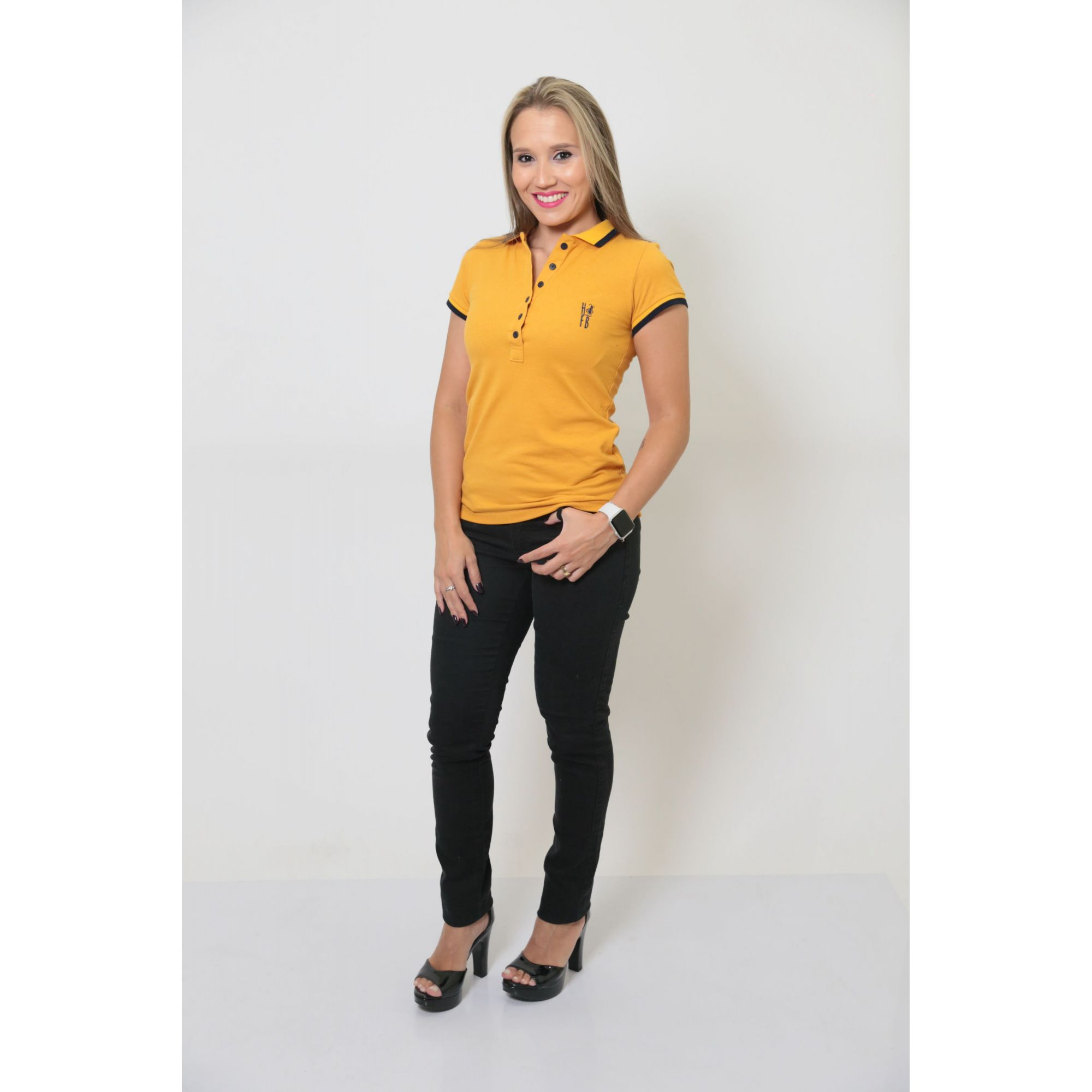 Camisa Polo Feminina Mostarda  - Heitor Fashion Brazil