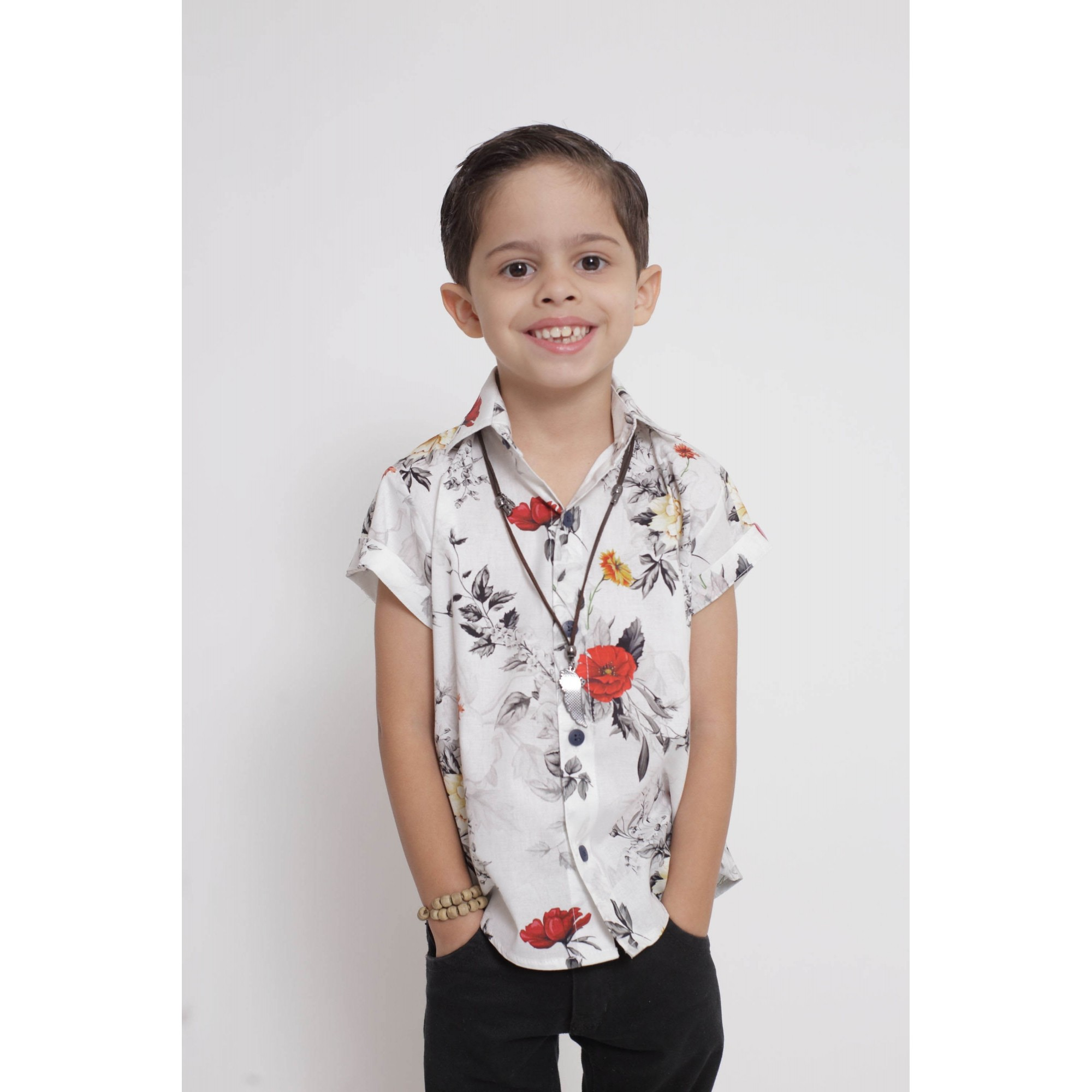 Camisa Social Manga Curta Branca Floral Infantil