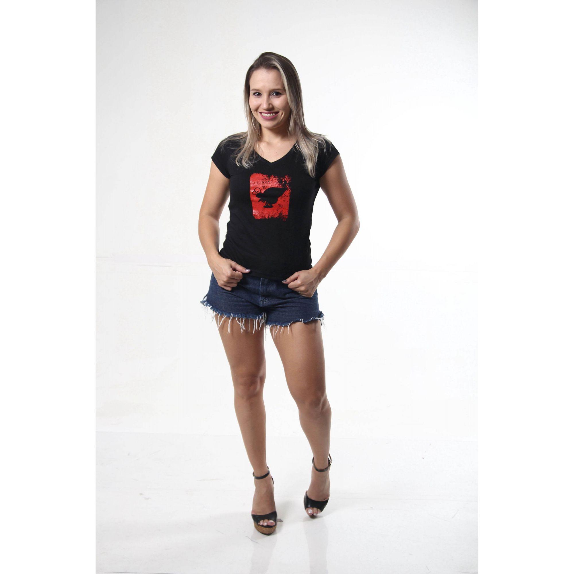 Camiseta Feminina Preta Estampa Emborrachada  - Heitor Fashion Brazil