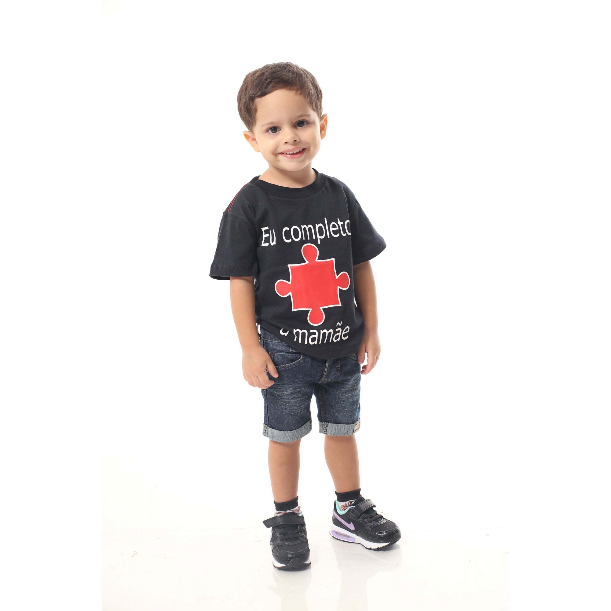 Camiseta ou Body Infantil Eu completo A Mamãe  - Heitor Fashion Brazil