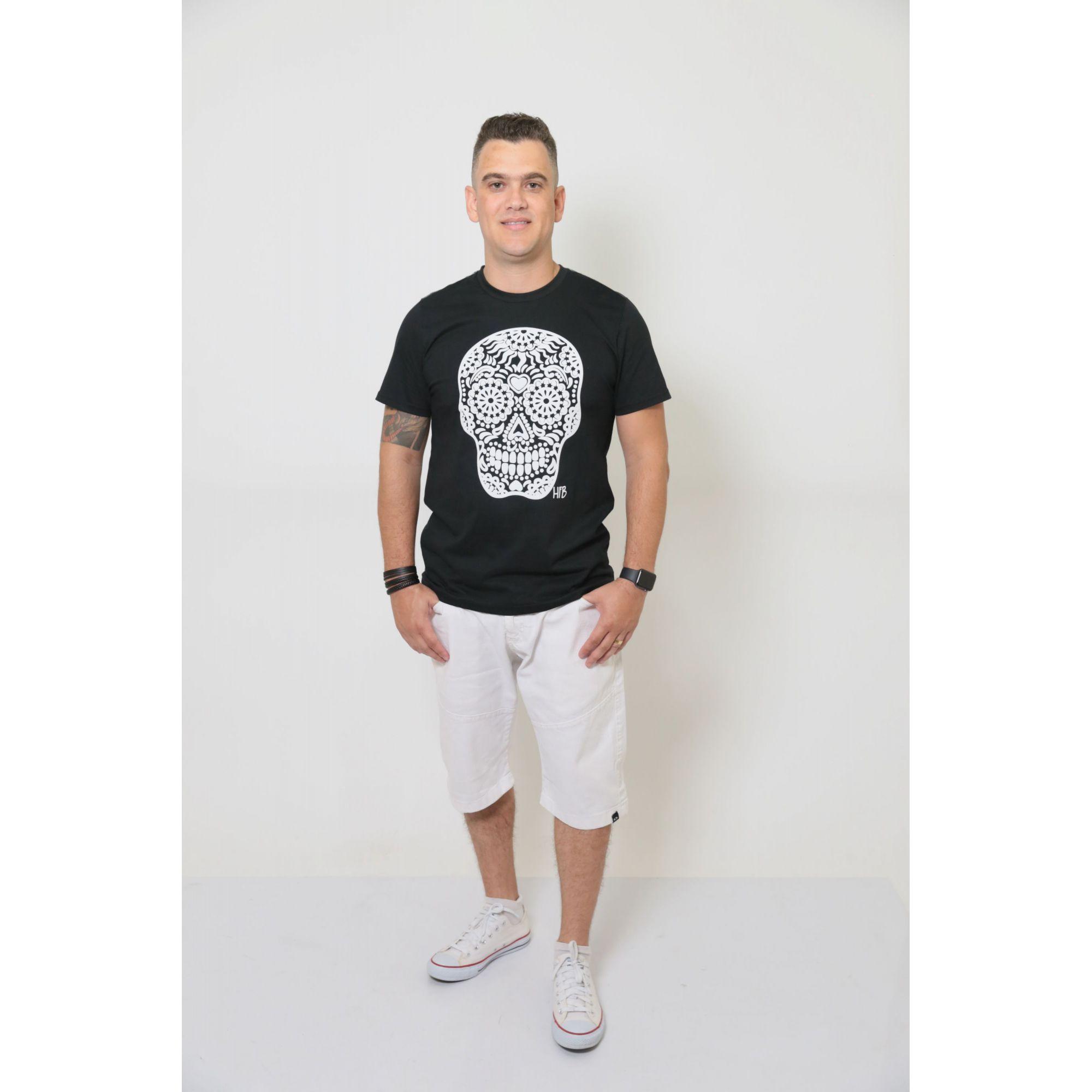 Camiseta Masculina Preta Caveira Alto Relevo