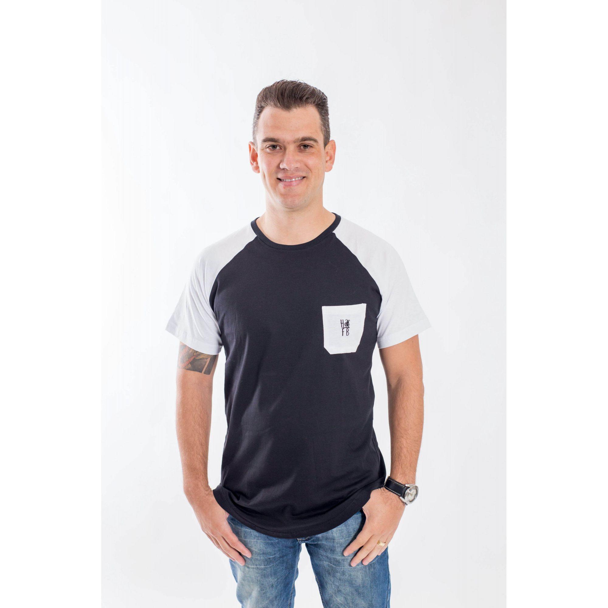 Camiseta Raglan Long Preta Bolso Branco Masculina  - Heitor Fashion Brazil