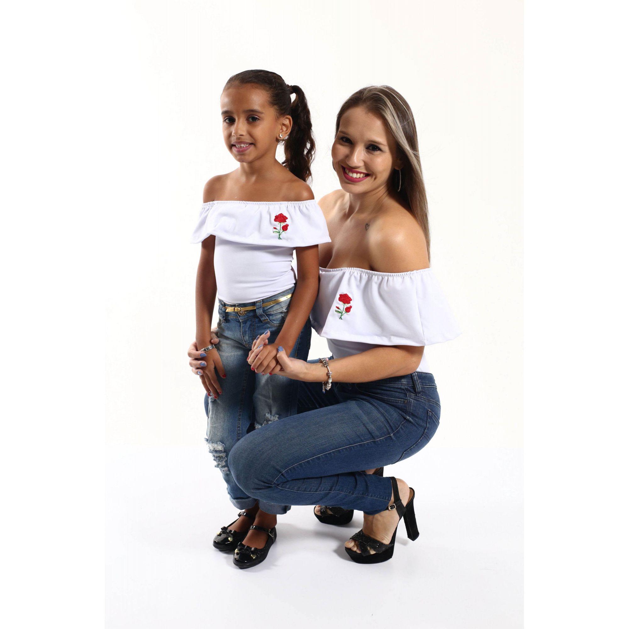 Mãe e Filha > Kit 02 Bodys Femininos Brancos Ciganinha Rosa Bordada  [Coleção Tal Mãe Tal Filha]