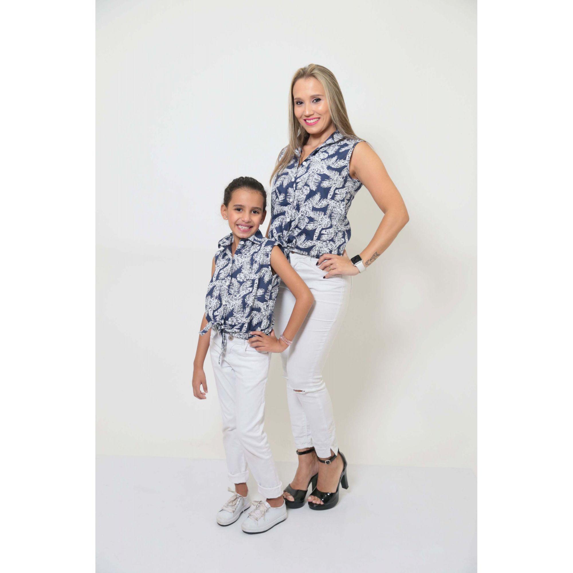 MÃE E FILHA > Kit 02 Camisas Social - Adulto e Infantil Azul Floresta [Coleção Tal Mãe Tal Filha]