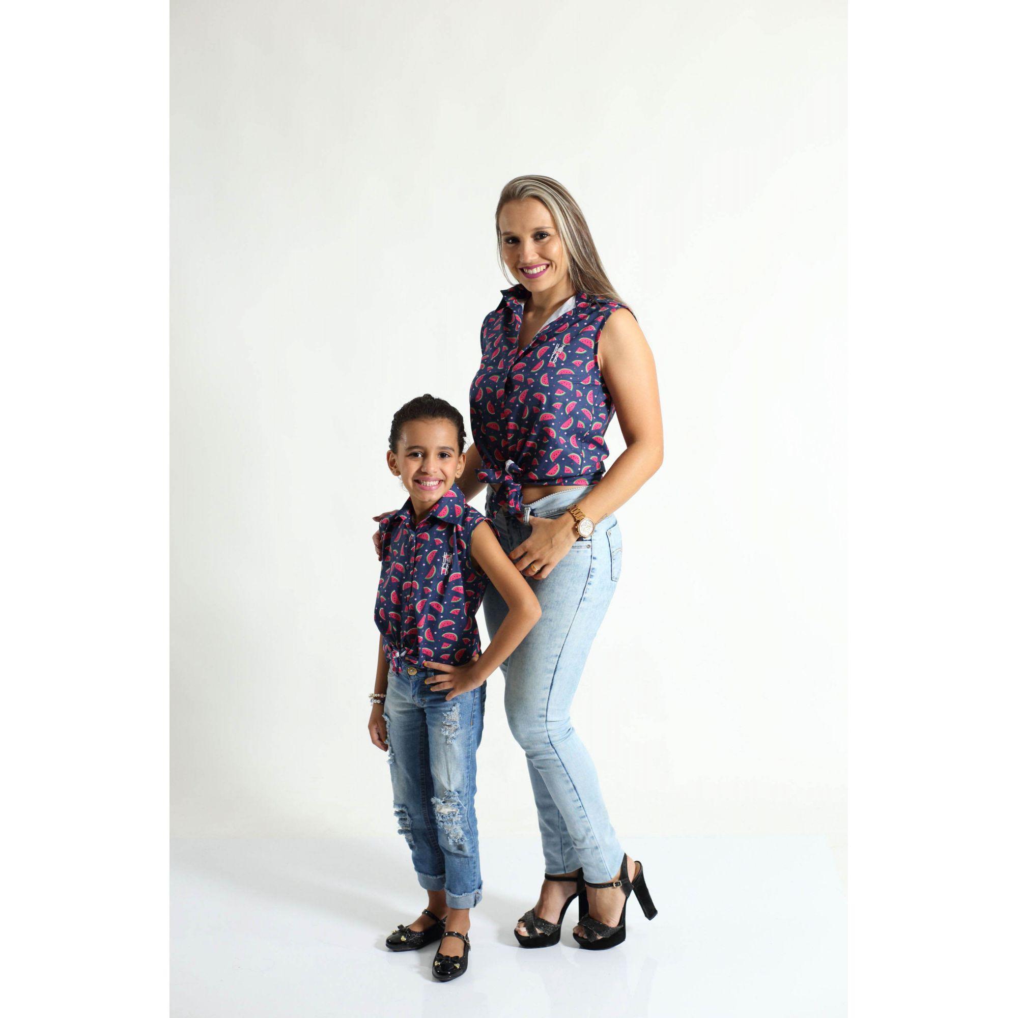 MÃE E FILHA > Kit 02 Camisas Social Adulto e Infantil Melancia [Coleção Tal Mãe Tal Filha]