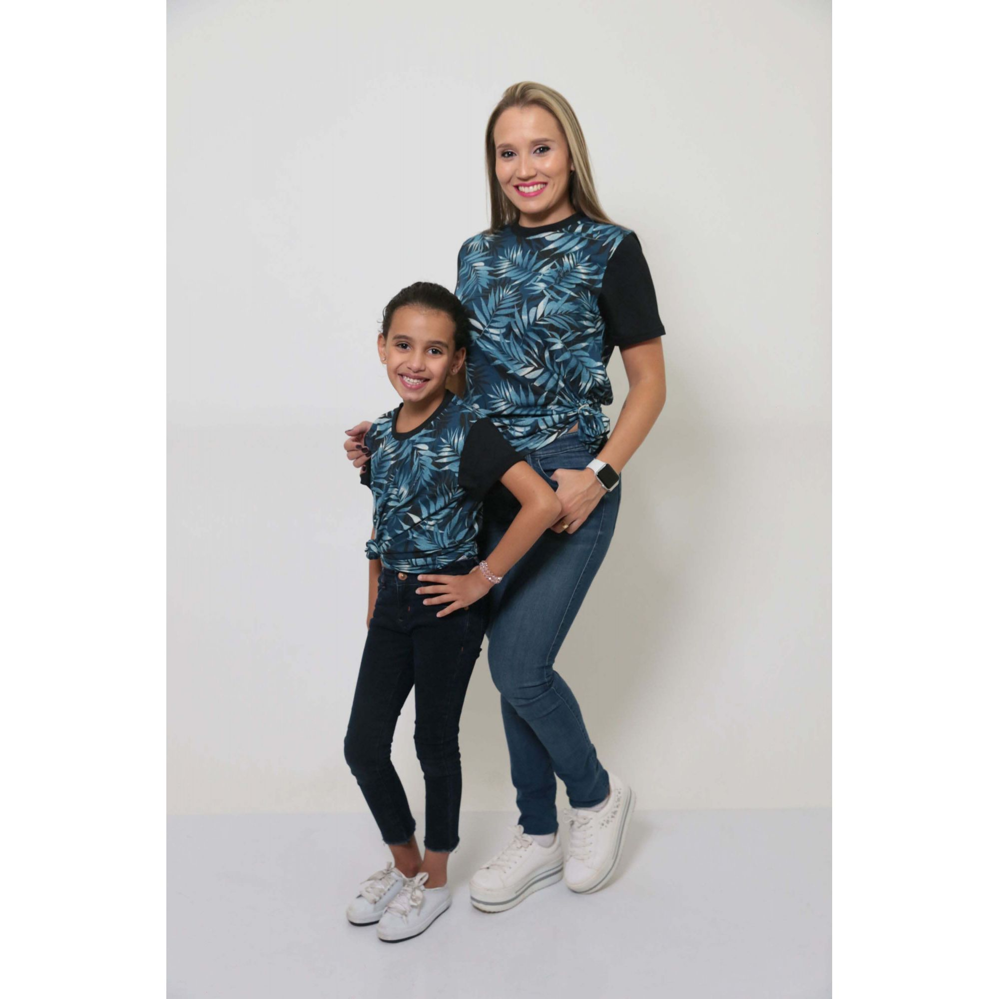 MÃE E FILHA > Kit 02 Peças T-Shirts - Tropical Unissex [Coleção Tal Mãe Tal Filha]  - Heitor Fashion Brazil