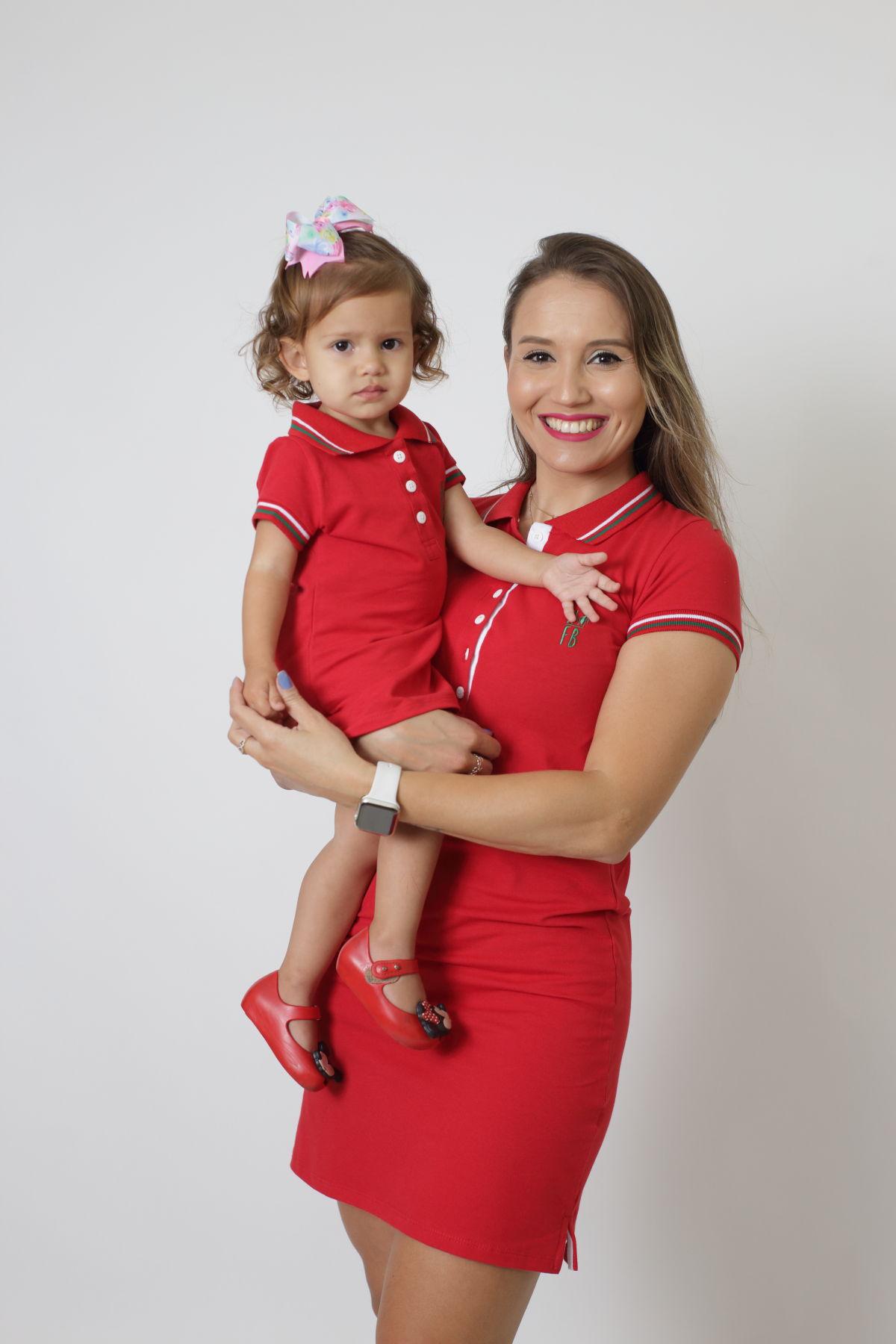 MÃE E FILHA > Kit 02 Vestidos Adulto e Infantil Vermelho PREMIUM