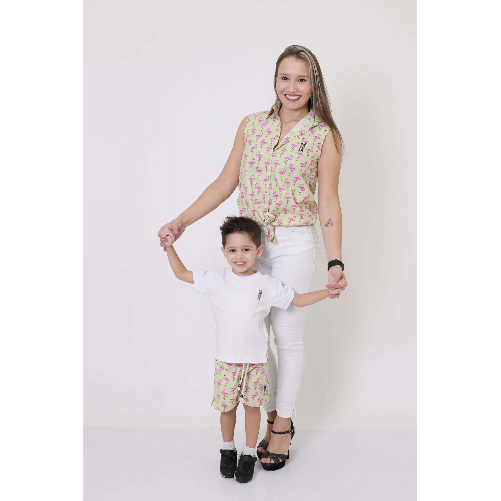 MÃE E FILHO > Camisa Feminina + Bermuda Infantil Flamingos [Coleção Tal Mãe Tal Filho]