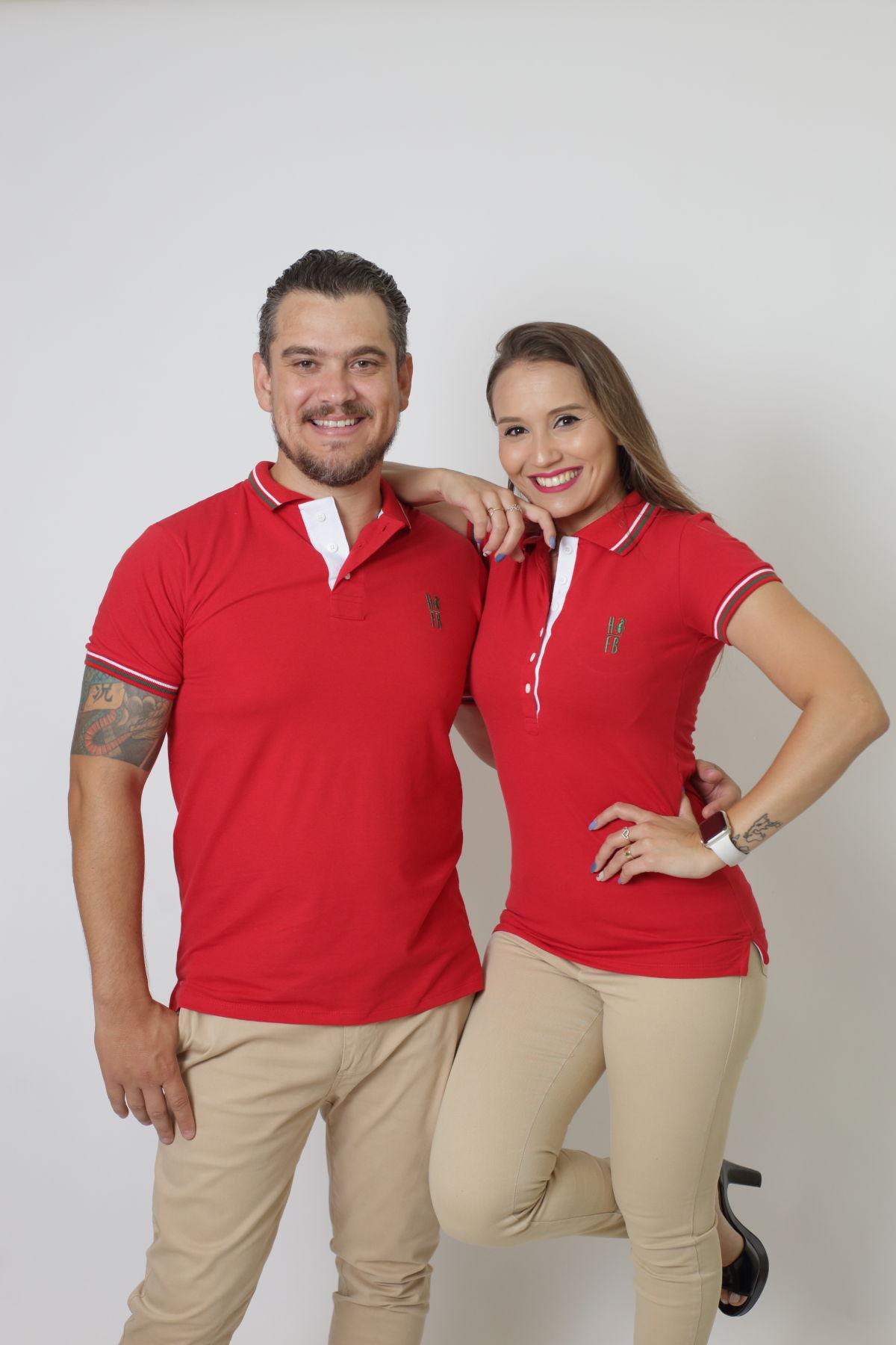 NAMORADOS > Kit 02 Peças Camisas Polo Masculina + Feminina Vermelho PREMIUM