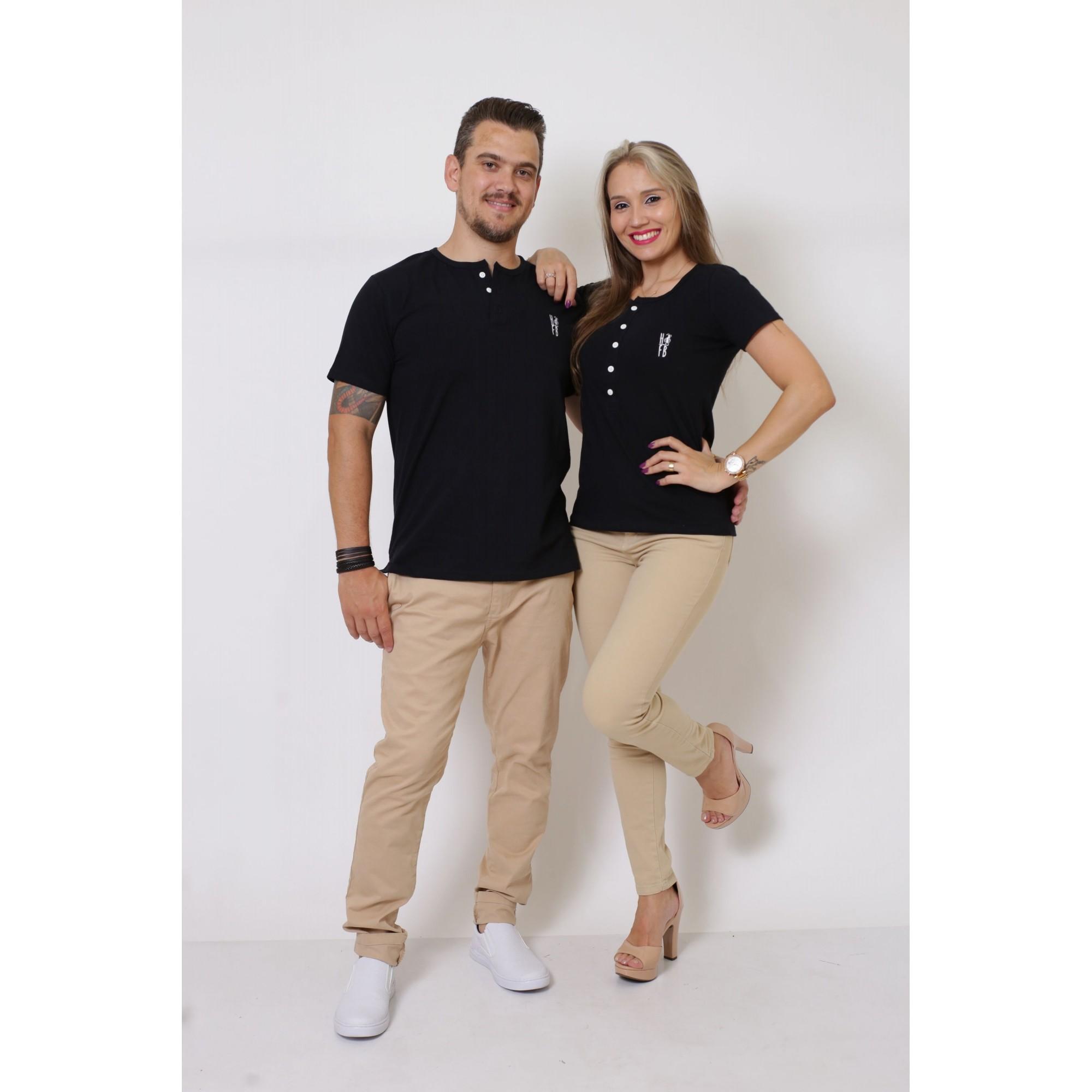 NAMORADOS > Kit 02 Peças T-Shirt Henley Preto - Masculina + Feminina [Coleção Namorados]