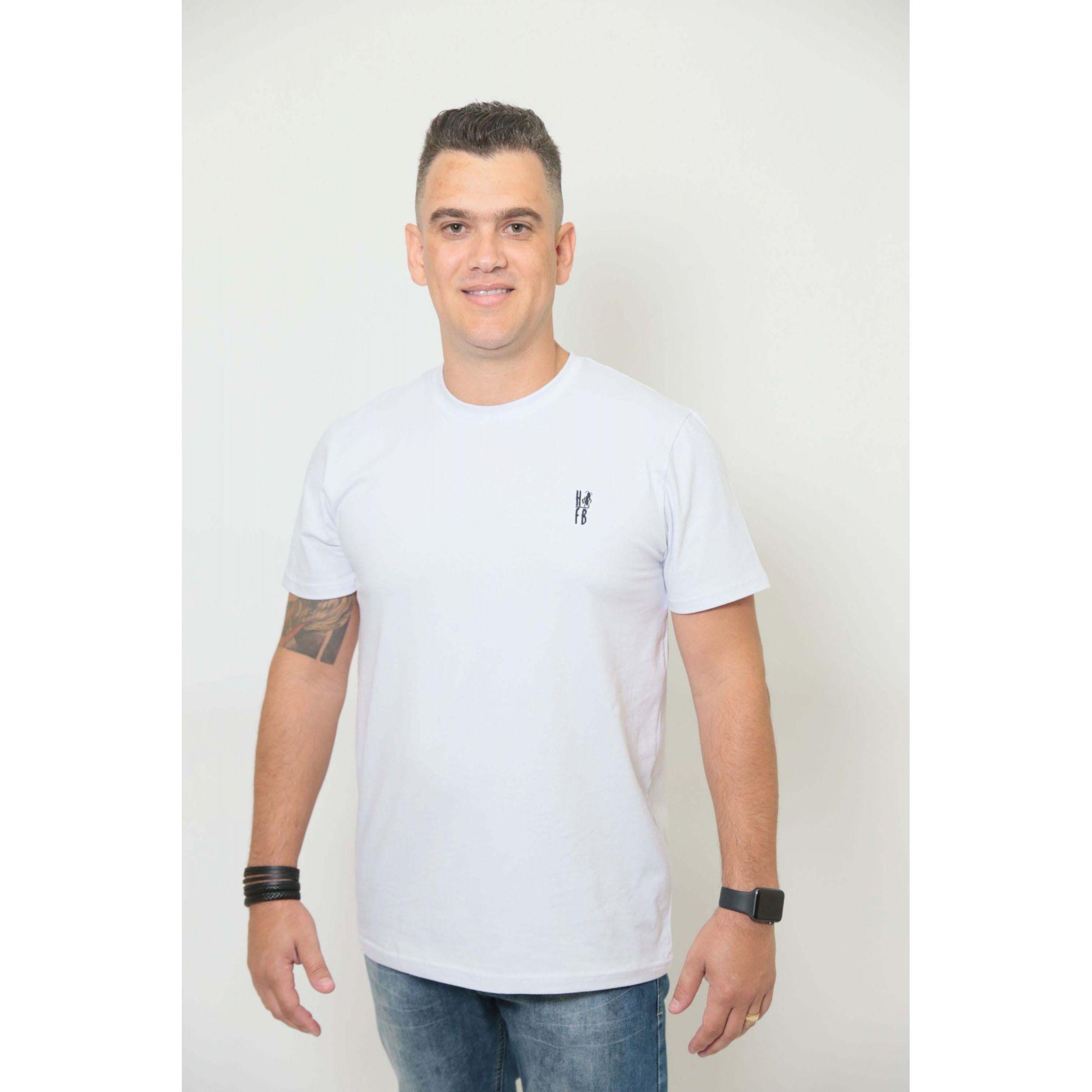 NAMORADOS > Kit 02 Peças T-Shirts Unissex Branca [Coleção Namorados]  - Heitor Fashion Brazil