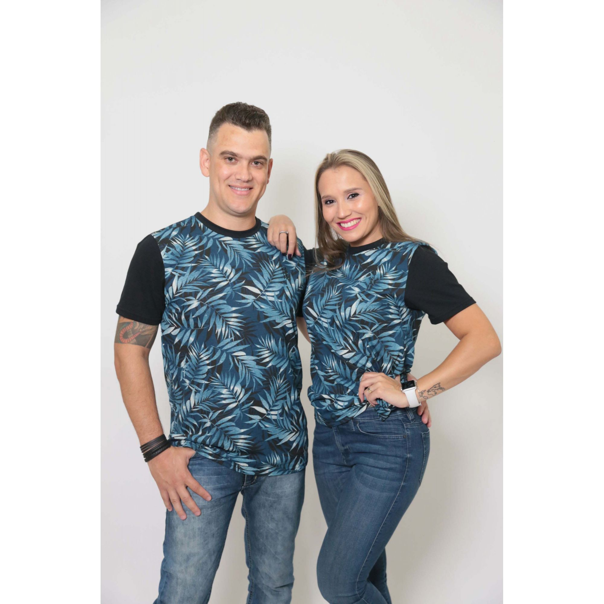NAMORADOS > Kit 02 Peças T-Shirts Unissex Tropical [Coleção Namorados]