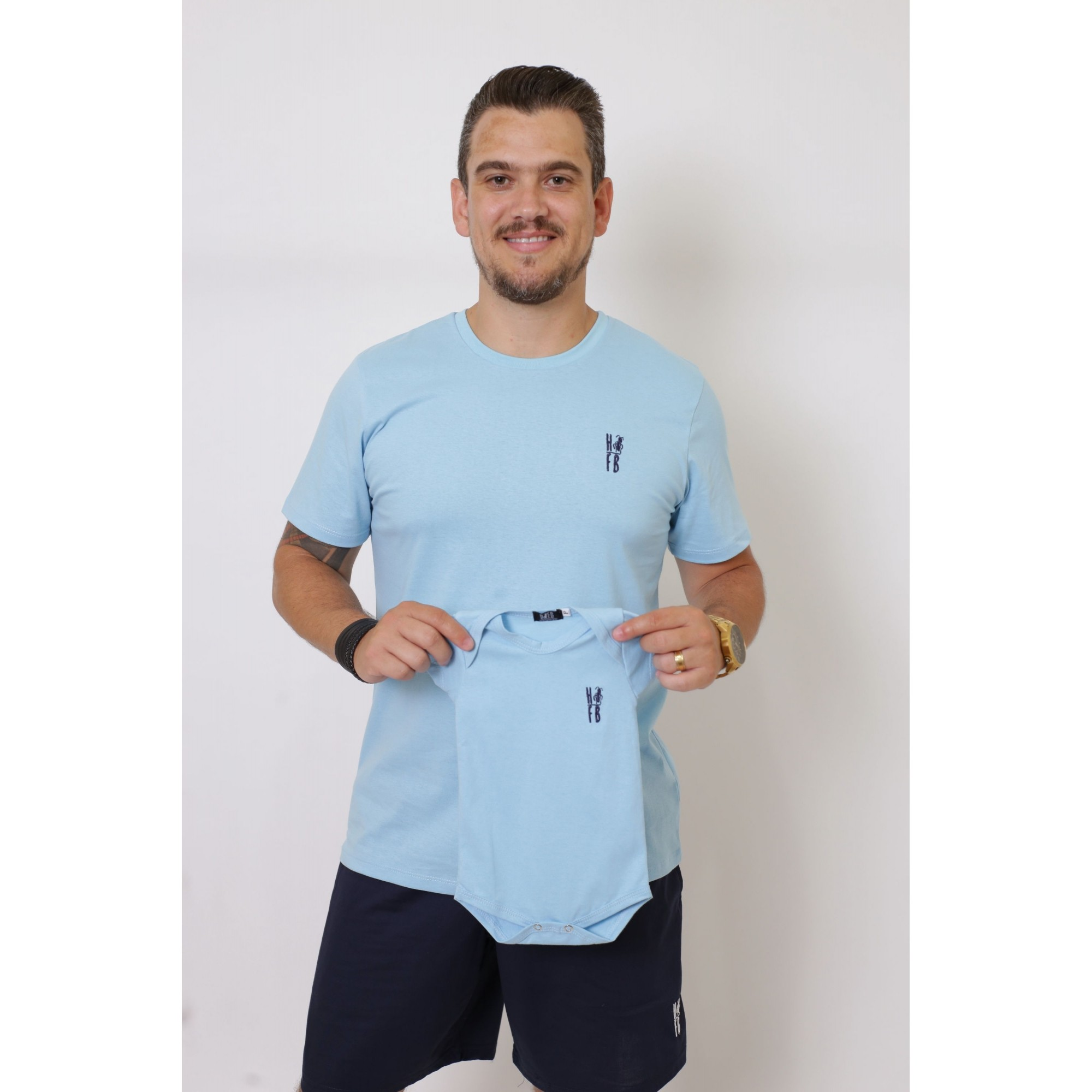 PAI E FILHA > 02 T-Shirts - Azul Bebê  [Coleção Tal Pai Tal Filha]  - Heitor Fashion Brazil