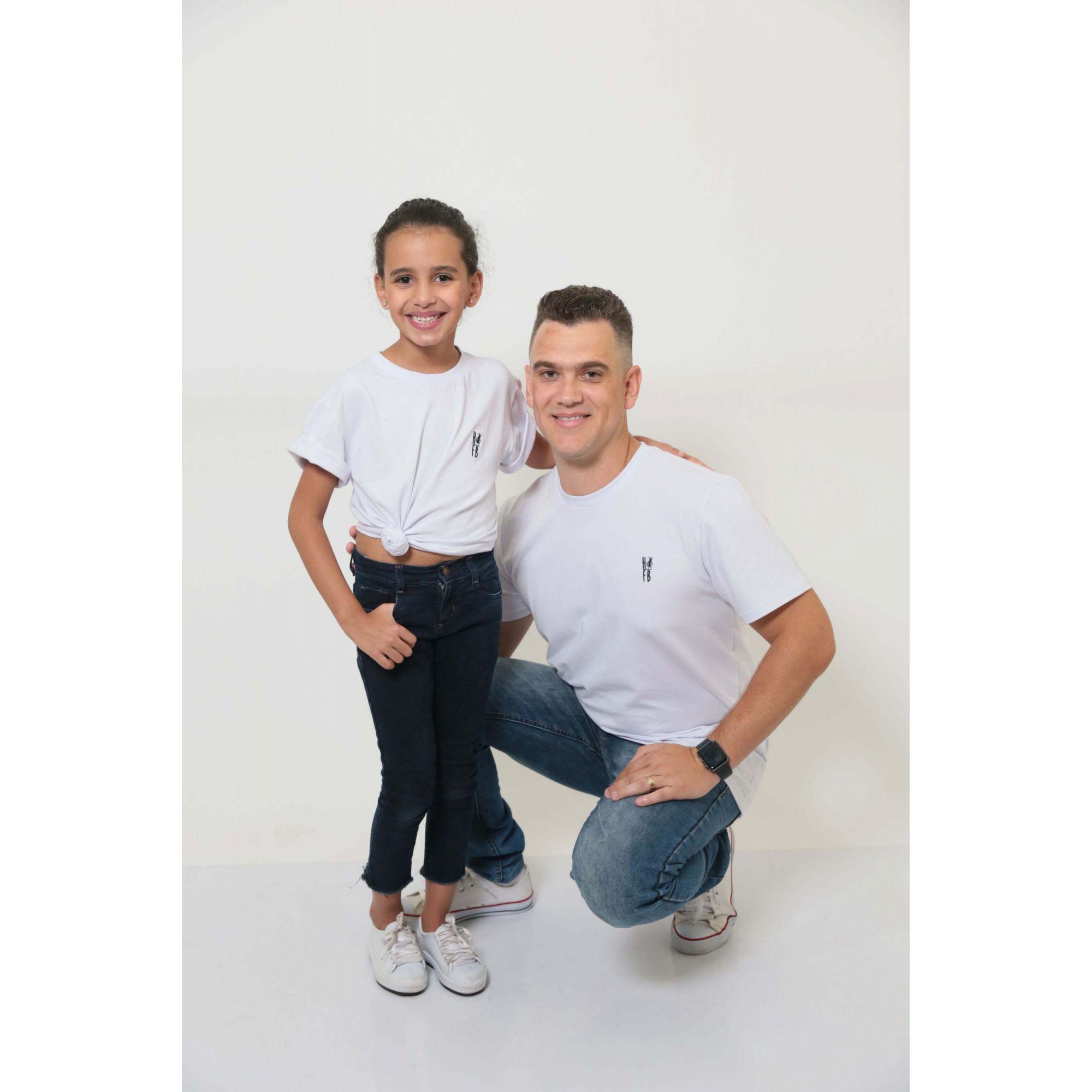 PAI E FILHA > 02 T-Shirts - Branca  [Coleção Tal Pai Tal Filha]  - Heitor Fashion Brazil
