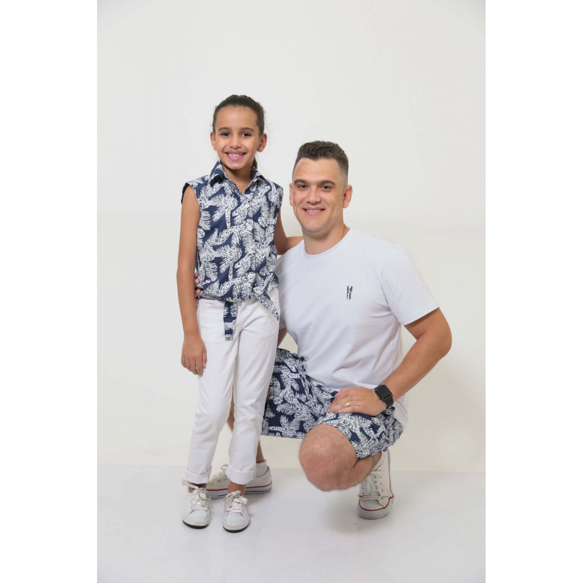 PAI E FILHA > Bermuda Masculina + Camisa Feminina Infantil Azul Floresta [Coleção Tal Pai Tal Filha]