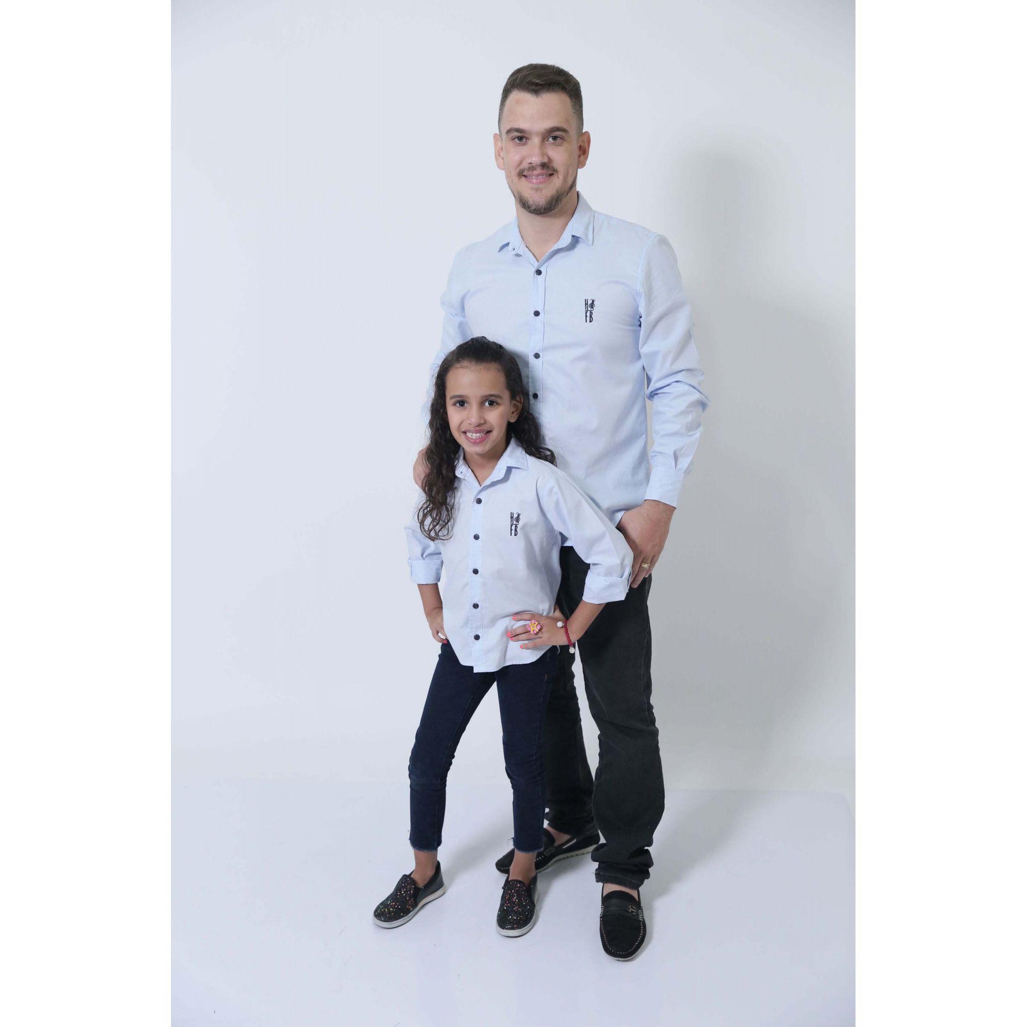 PAI E FILHA > Camisas Social Azul Claro Bebê [Coleção Tal Pai Tal Filha]