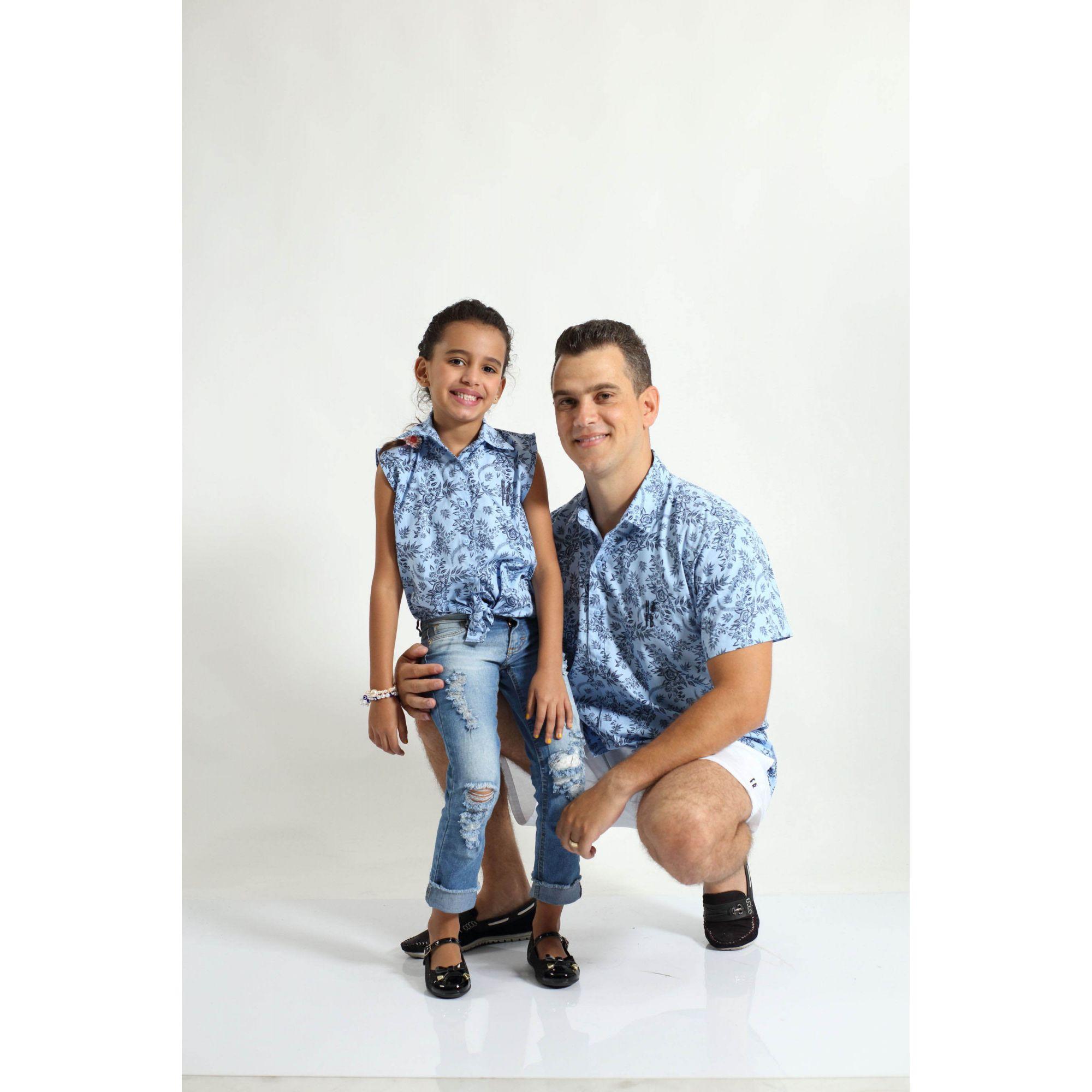 9b65cf26c7394 ... PAI E FILHA > Kit 02 Camisas Manga Curta Azul Floral [Coleção Tal Pai  Tal ...
