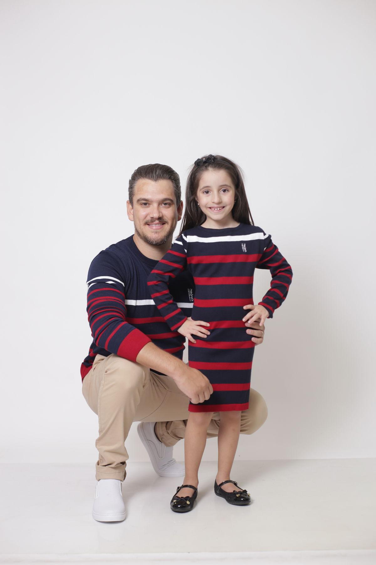 PAI E FILHA > Kit 02 Peças - Blusa Suéter + Vestido Suéter Listrados [Coleção Tal Pai Tal Filha]  - Heitor Fashion Brazil