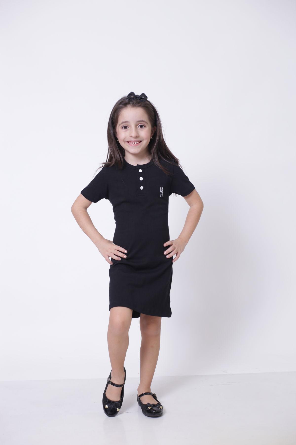 PAI E FILHA > T-Shirt Adulto  + Vestido Infantil - Henley - Preto  [Coleção Tal Pai Tal Filha]  - Heitor Fashion Brazil