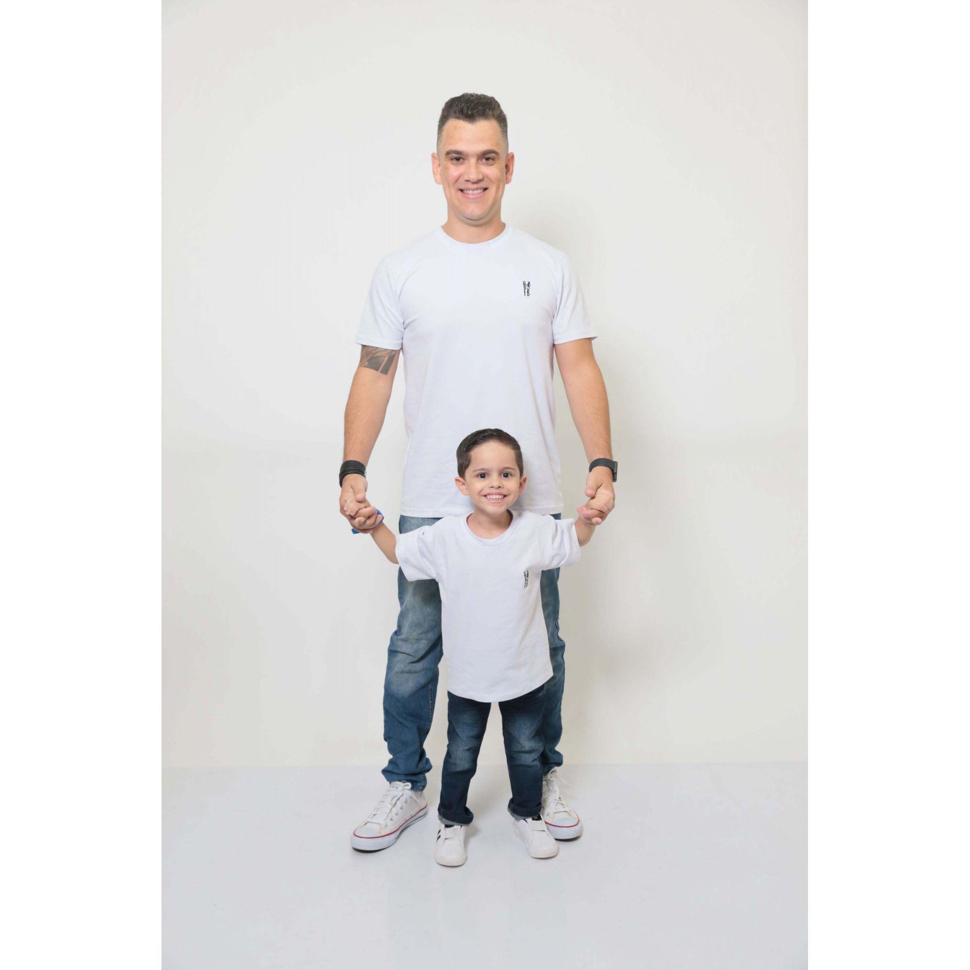 PAI E FILHO > 02 T-Shirts - Branca  [Coleção Tal Pai Tal Filho]