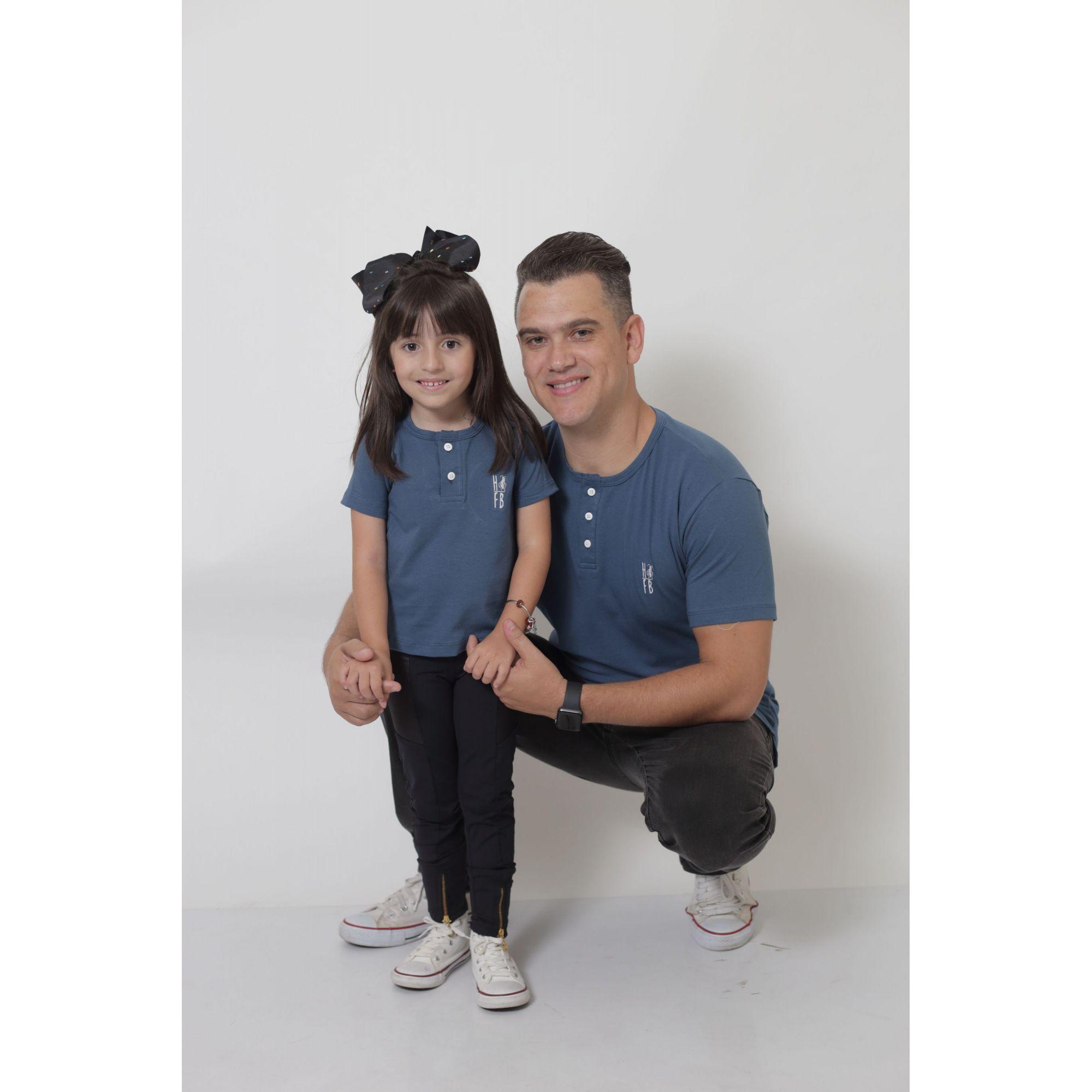 PAI E FILHO > 02 T-Shirts ou Body Henley - Azul Petróleo  [Coleção Tal Pai Tal Filho]  - Heitor Fashion Brazil