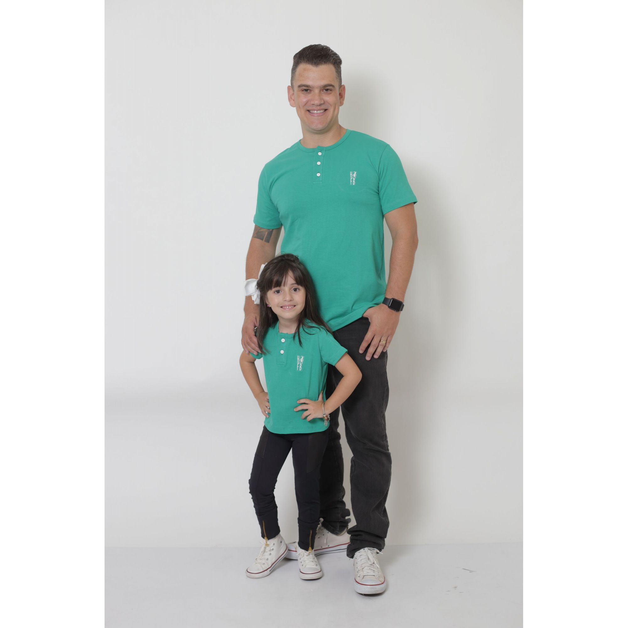 PAI E FILHO > 02 T-Shirts ou Body Henley - Verde Jade  [Coleção Tal Pai Tal Filho]  - Heitor Fashion Brazil