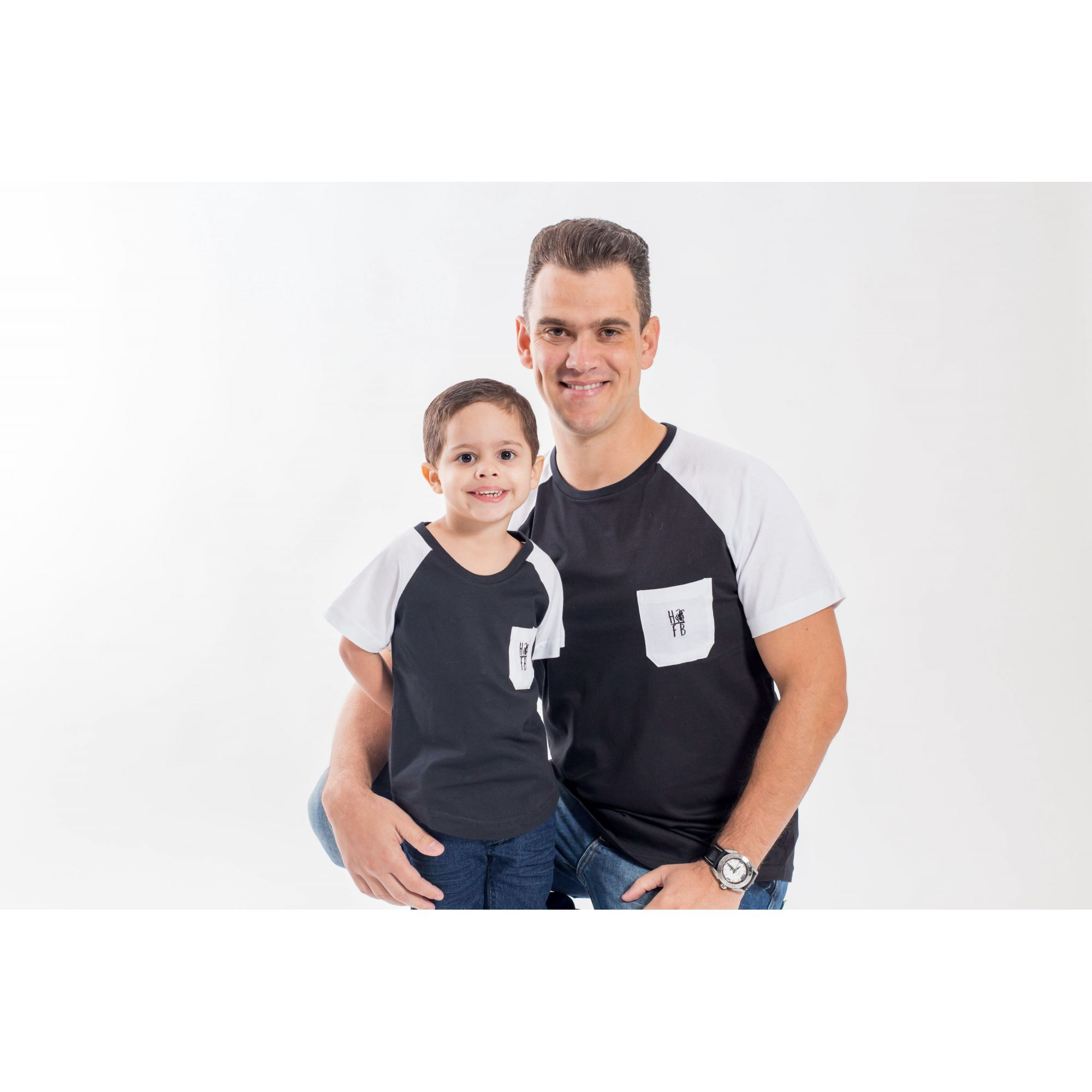 PAI E FILHO > Camiseta Raglan Long Preta com Bolso Branco [Coleção Tal Pai Tal Filho]  - Heitor Fashion Brazil