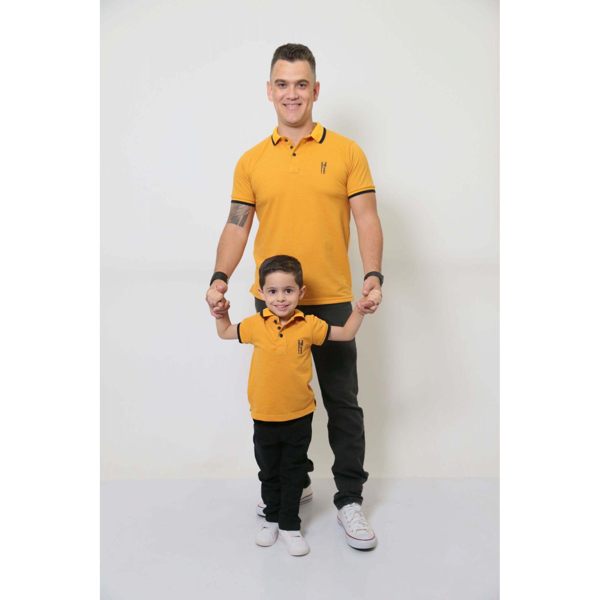PAI E FILHO > Kit 02 Camisas ou Body Polo Mostarda  [Coleção Tal Pai Tal Filho]  - Heitor Fashion Brazil