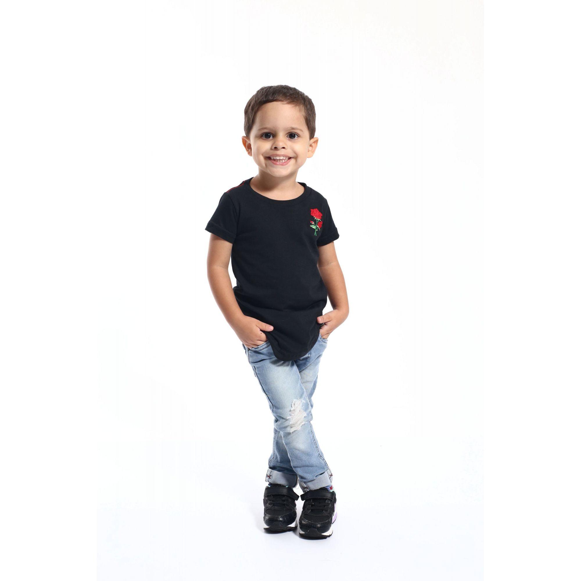 PAI E FILHO > Kit 02 Camisetas Long Pretas Bordadas com uma Rosa [Coleção Tal Pai Tal Filho]  - Heitor Fashion Brazil
