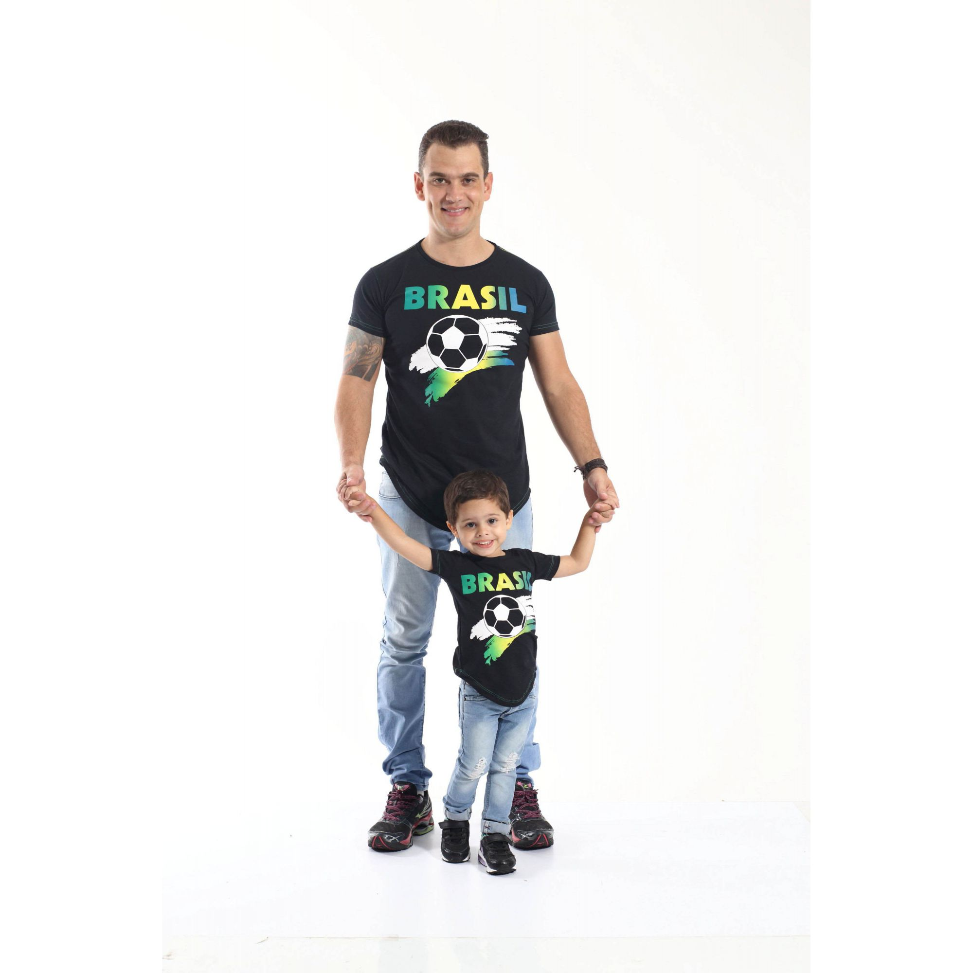234f2e0118 PAI E FILHO   Kit 02 Camisetas Long Pretas Brasil  Coleção Tal Pai Tal Filho  ...