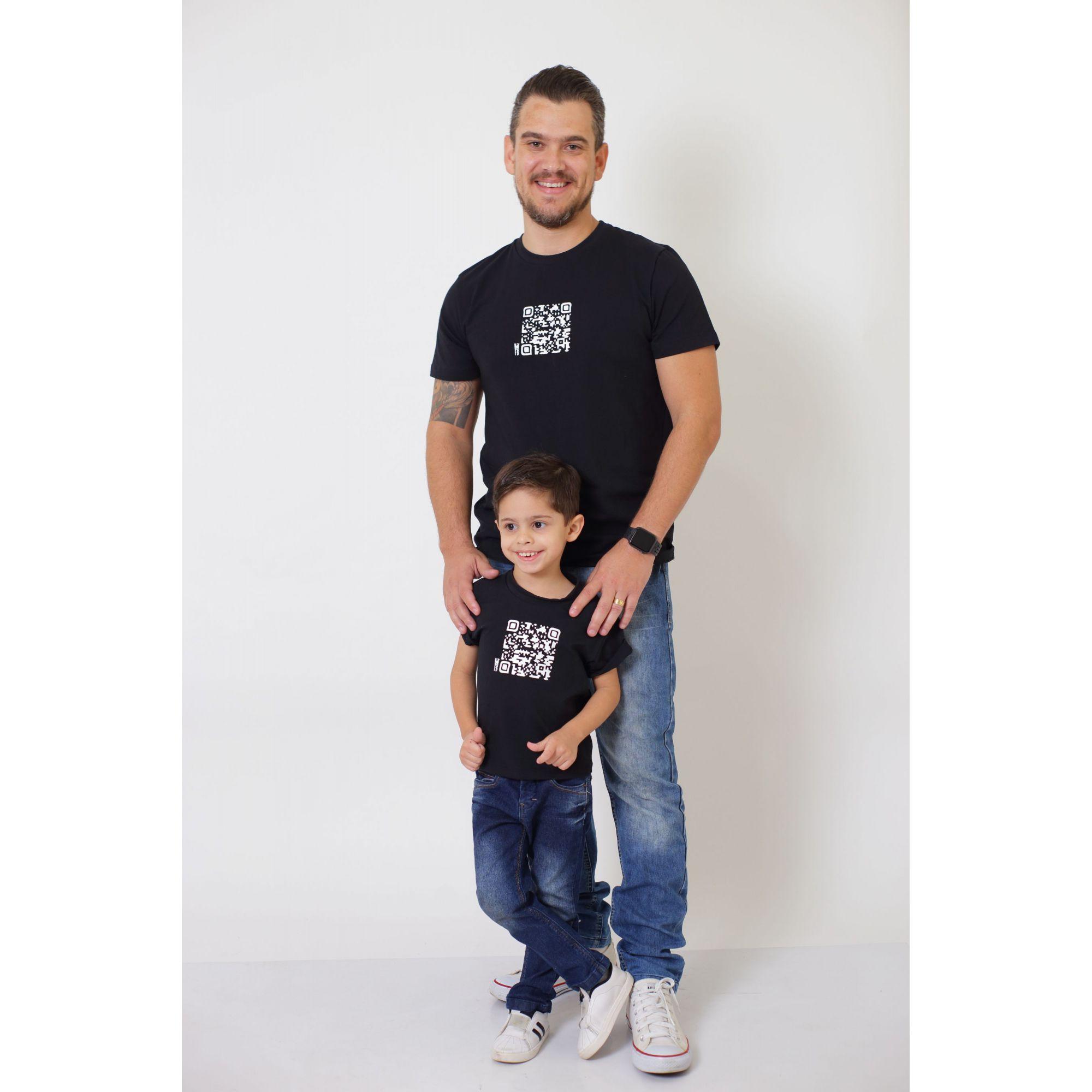 PAI E FILHOS > 02 T-Shirts - Preto - QRCODE  [Coleção Tal Pai Tal Filho]