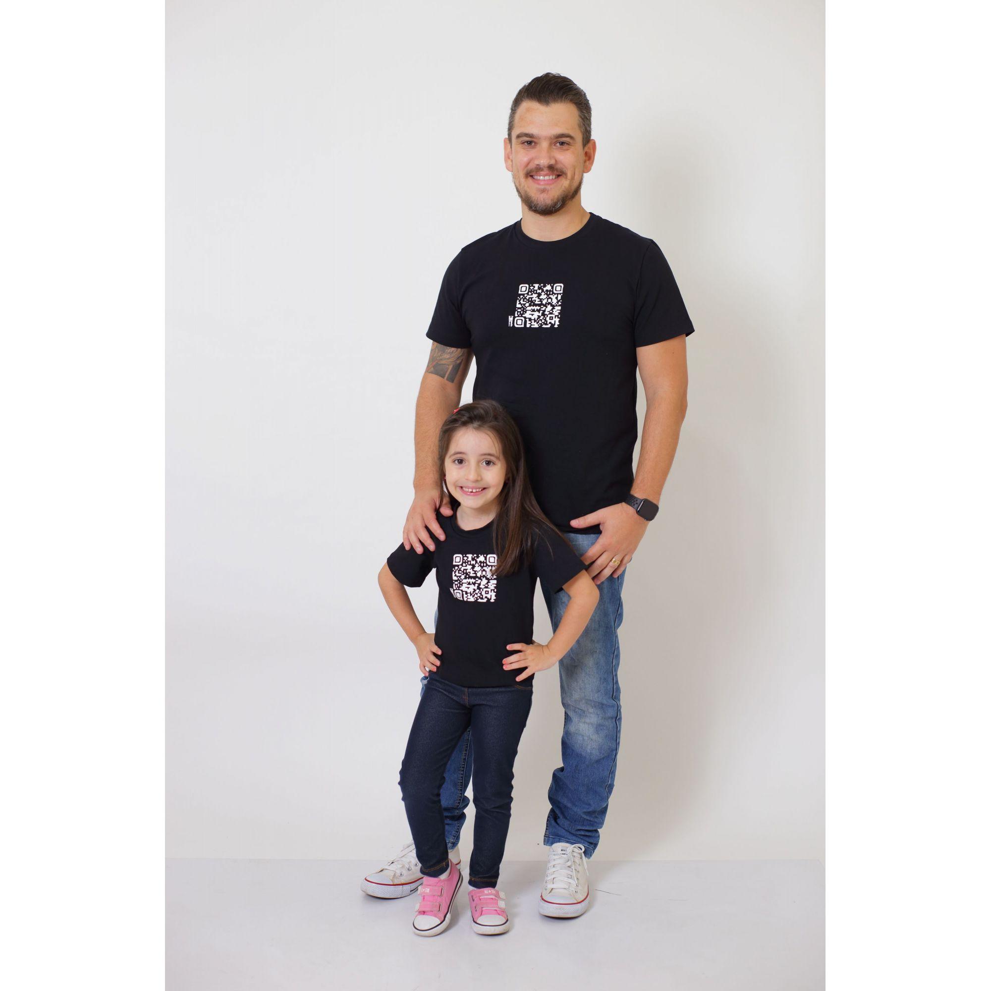 PAI E FILHOS > 02 T-Shirts - Preto - QRCODE  [Coleção Tal Pai Tal Filho]  - Heitor Fashion Brazil