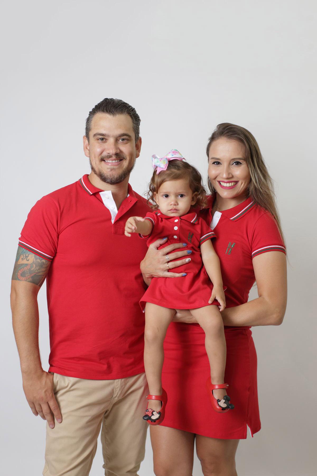 PAIS E FILHOS > Kit 3 peças Camisa e Vestidos Polo Vermelho PREMIUM
