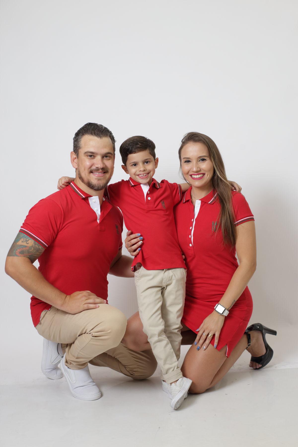 PAIS E FILHOS > Kit 3 peças Camisas ou Body Polo e Vestido Vermelho PREMIUM