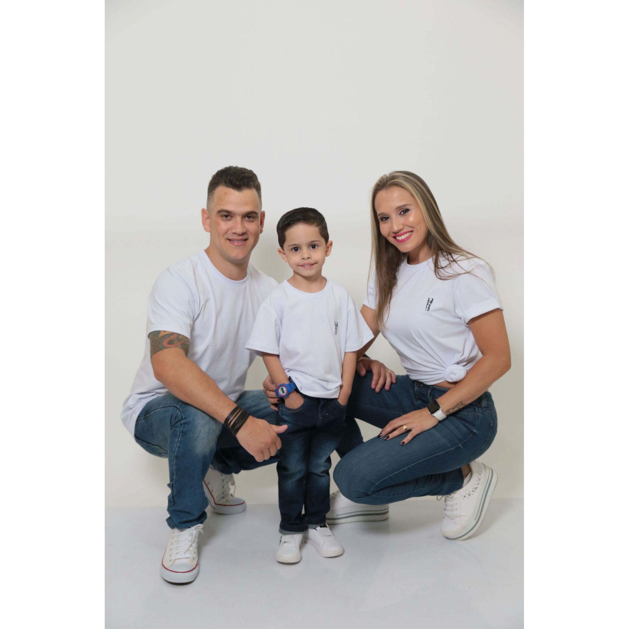 PAIS E FILHOS > Kit 3 Peças T-Shirt - Branca [Coleção Família]  - Heitor Fashion Brazil