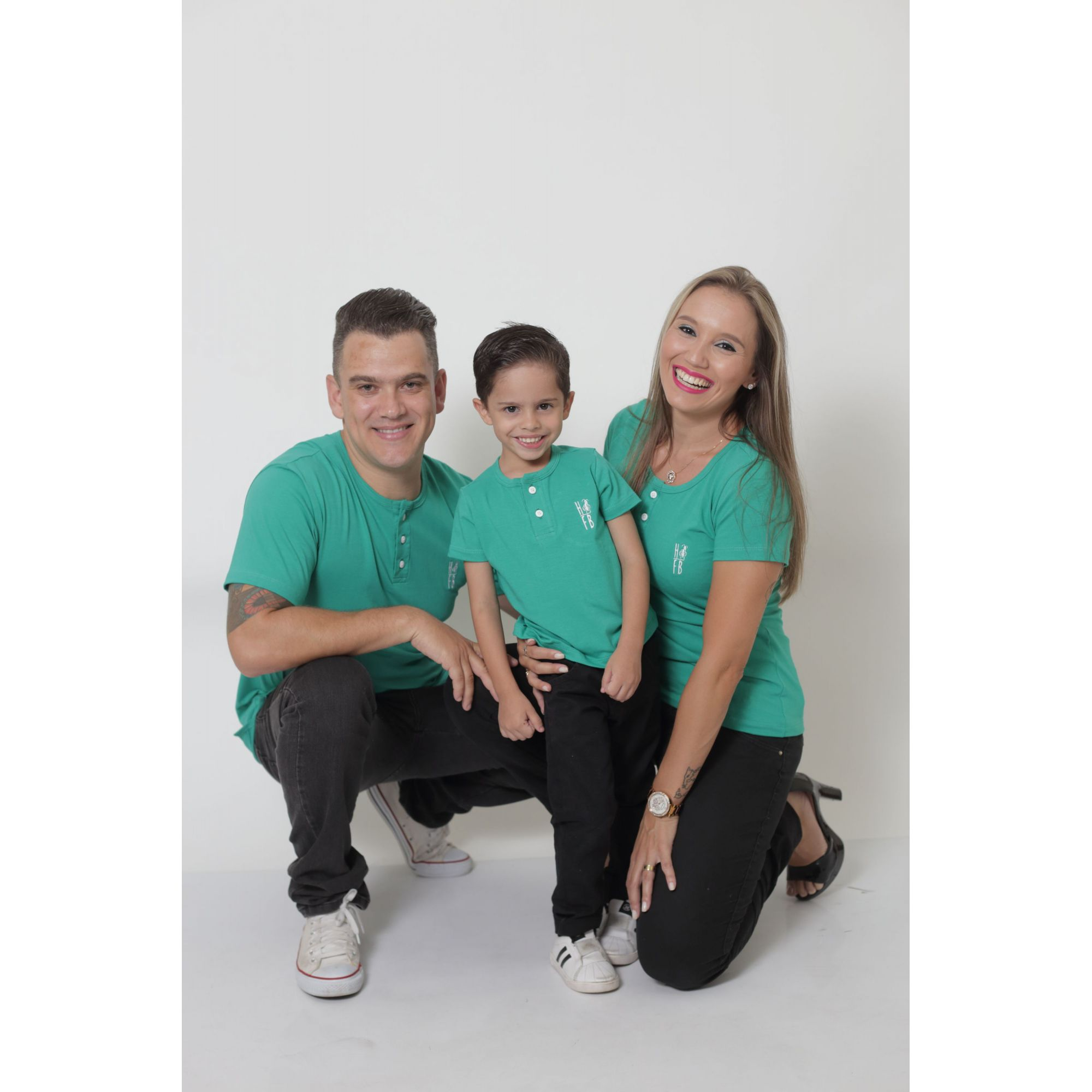 PAIS E FILHOS > Kit 3 Peças T-Shirt ou Body Henley - Verde Jade [Coleção Família]  - Heitor Fashion Brazil