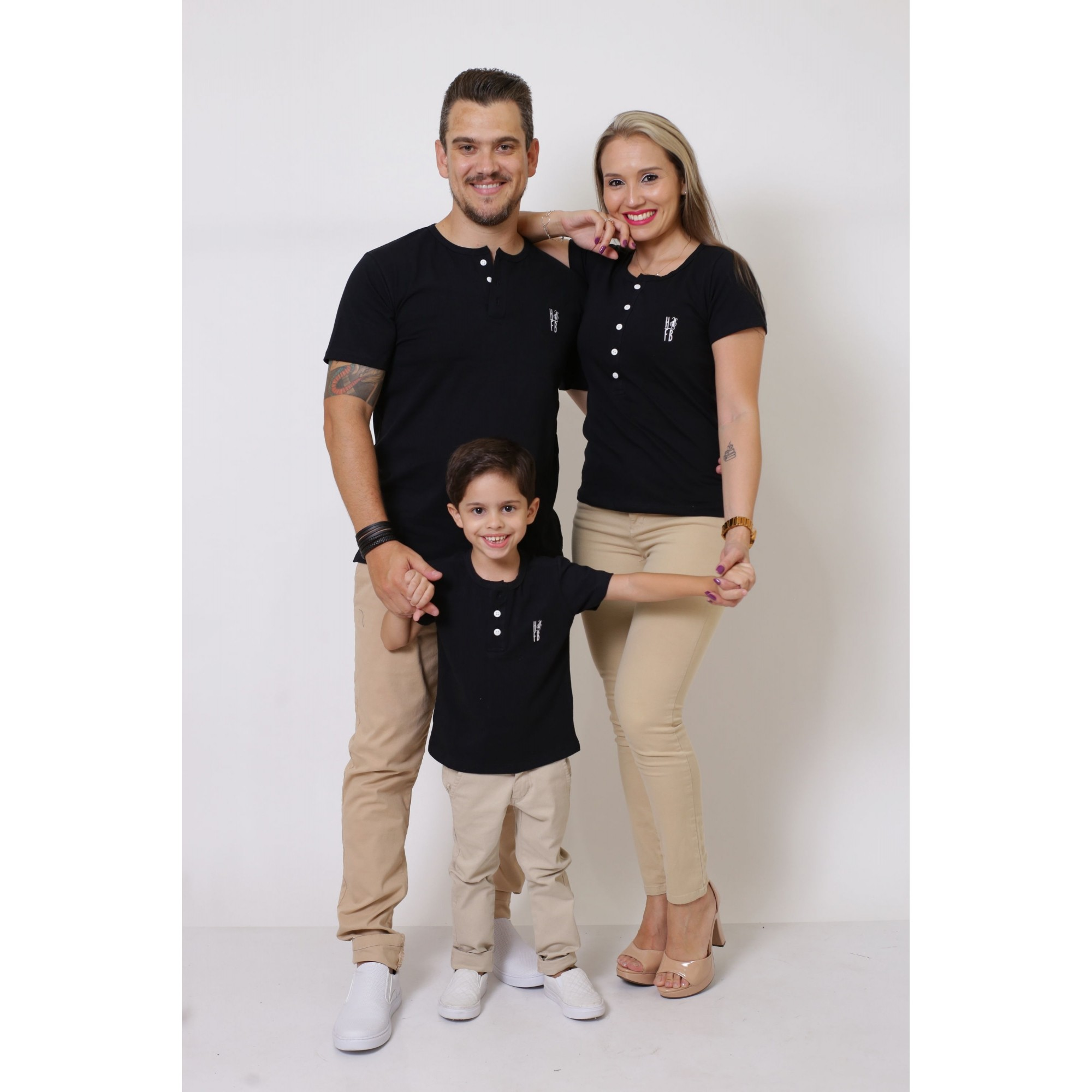 PAIS E FILHOS > Kit 3 Peças T-Shirt ou Body Henley - Preto [Coleção Família]