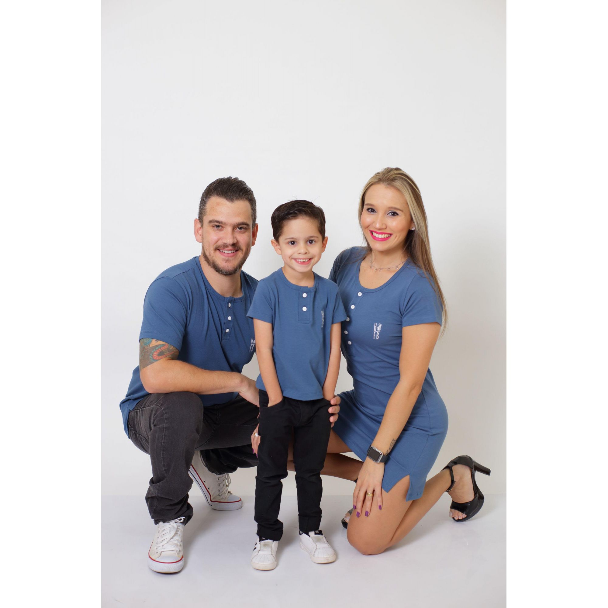 PAIS E FILHOS > Kit 3 Peças T-Shirt + Vestido + t-Shirt ou Body Infantil Henley - Azul Petróleo [Coleção Família]  - Heitor Fashion Brazil