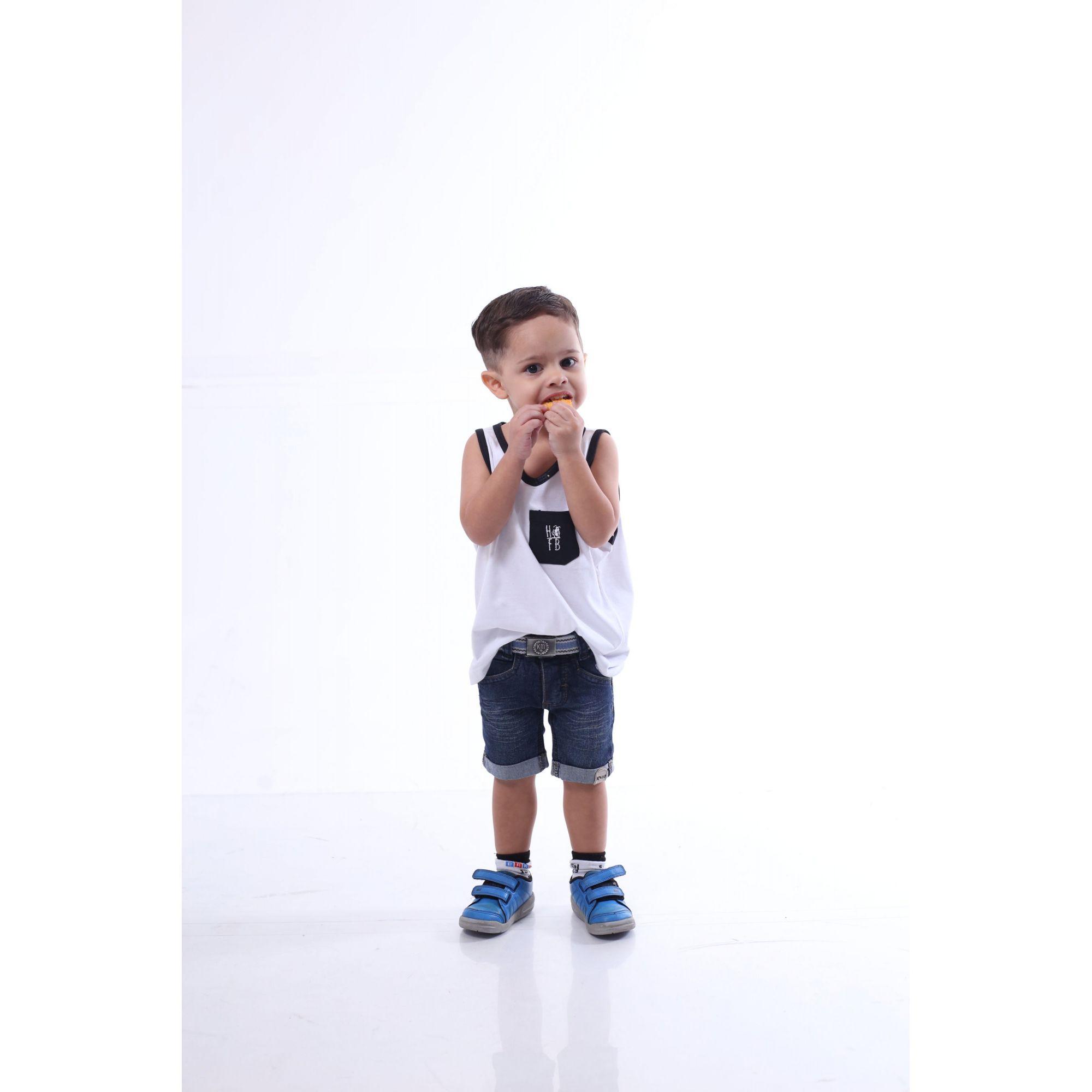 Regata Infantil Branca Com Bolso Preto  - Heitor Fashion Brazil