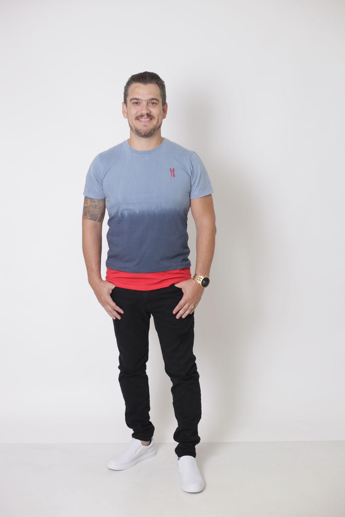 T-Shirt - Degradê Masculina   - Heitor Fashion Brazil