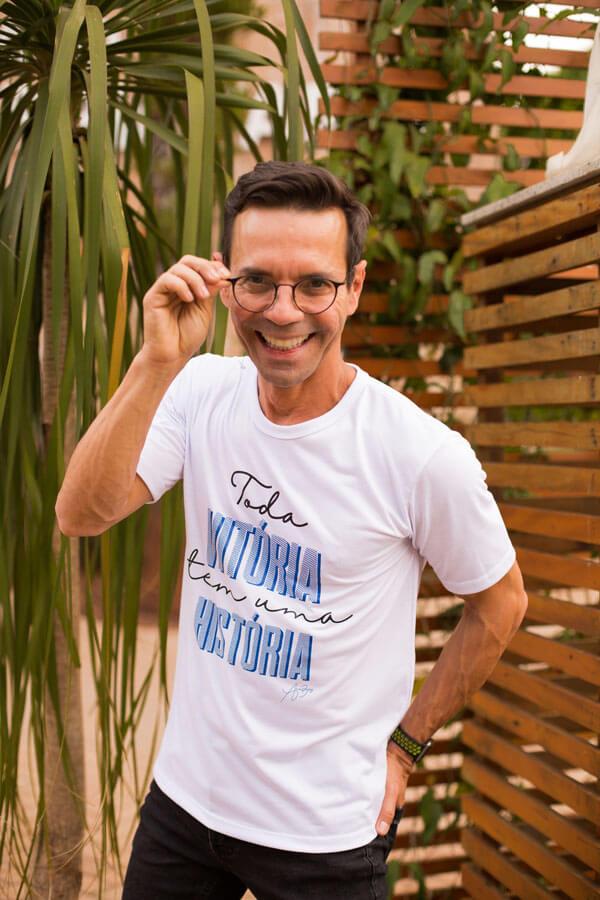 Camiseta Ref. 7003 - Toda vitória tem uma história.