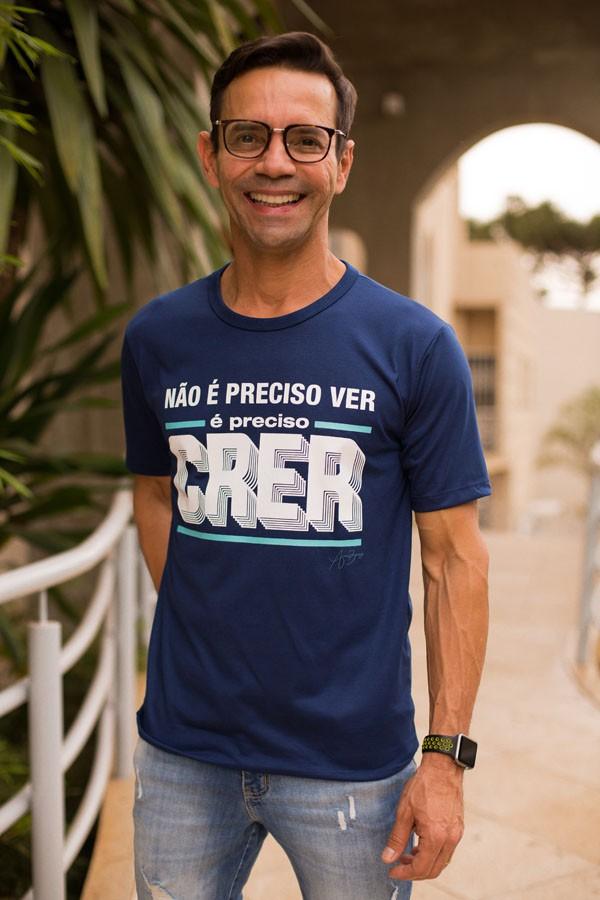 Camiseta Ref. 7004 - Não é preciso ver, é preciso crer