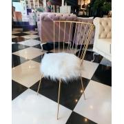 Cadeira Júlia- Base Dourada- Pelúcia Branca