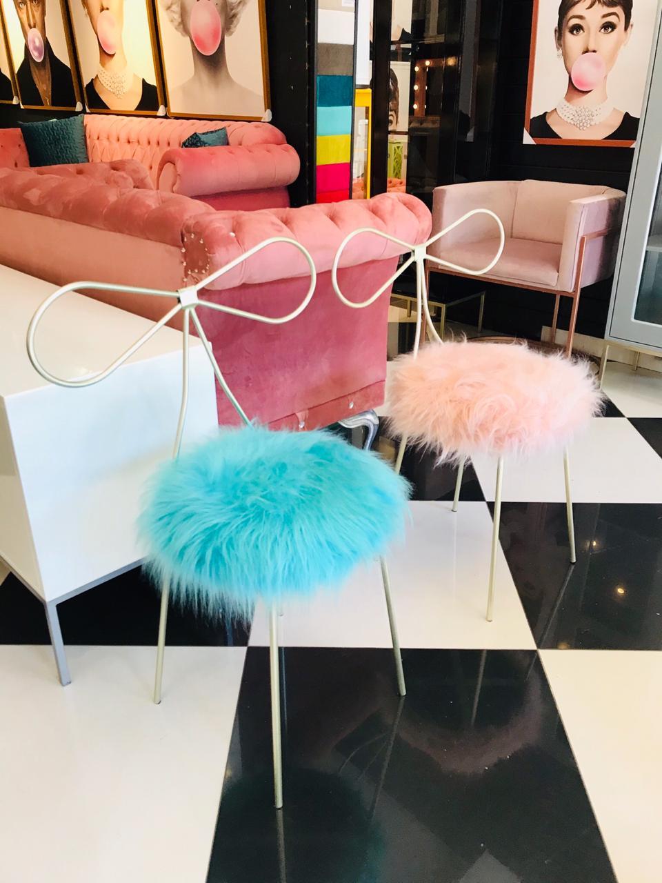 Cadeira Alice - Base Dourada- Pelúcia Azul Tiffany