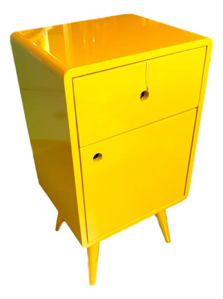 Mesa de Cabeceira Pé Palito 1G/1P amarelo