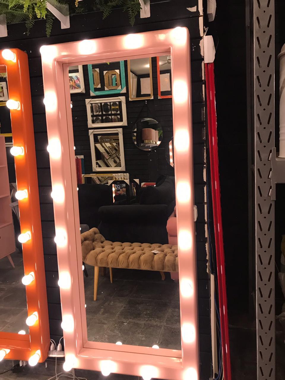Espelho Camarim Rosé.