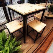Conjunto Mesa + 2 Banquetas