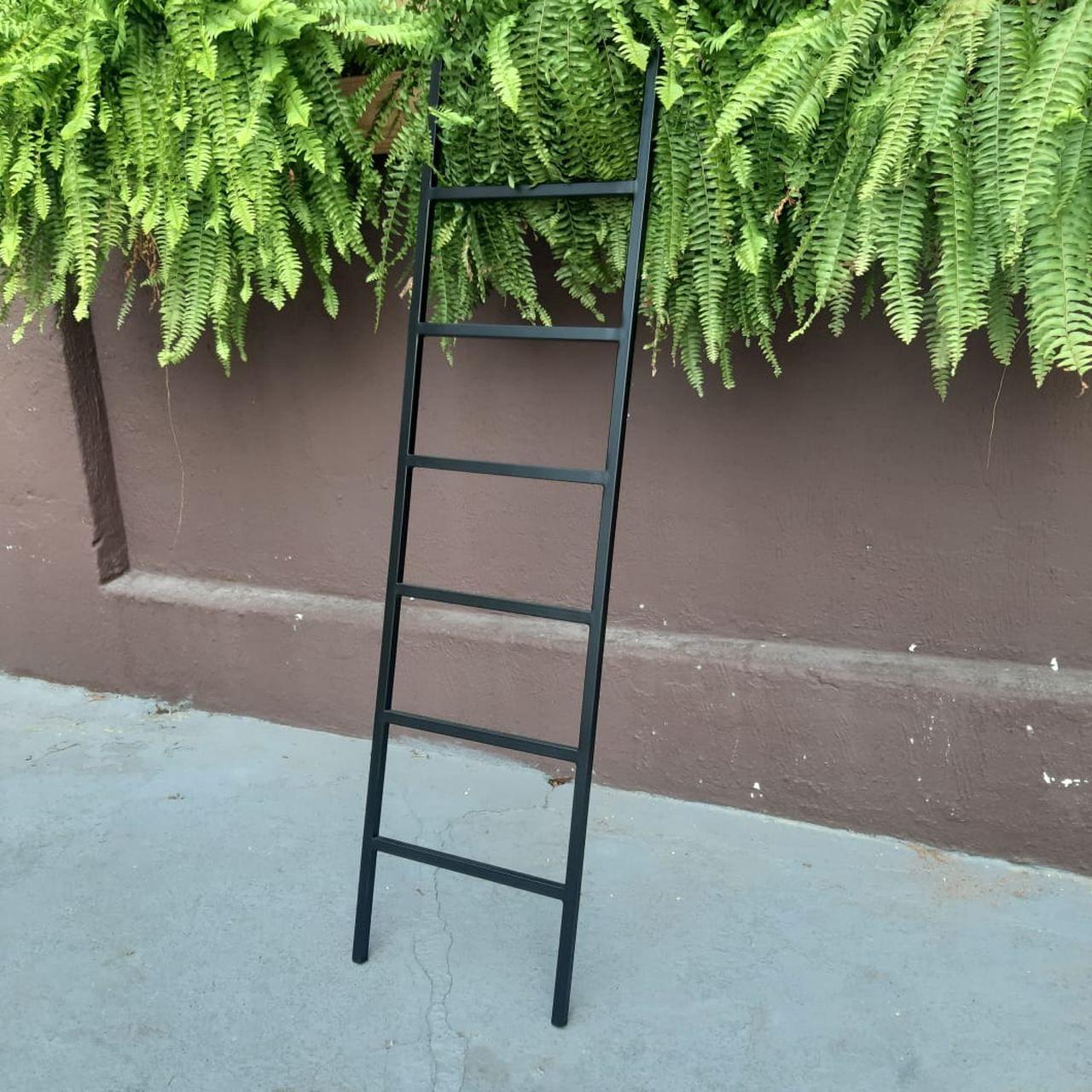 Escada Decorativa Industrial