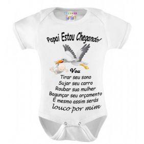 Body Personalizado M/C Papai Estou Chegando - Do Re Mi Bebê